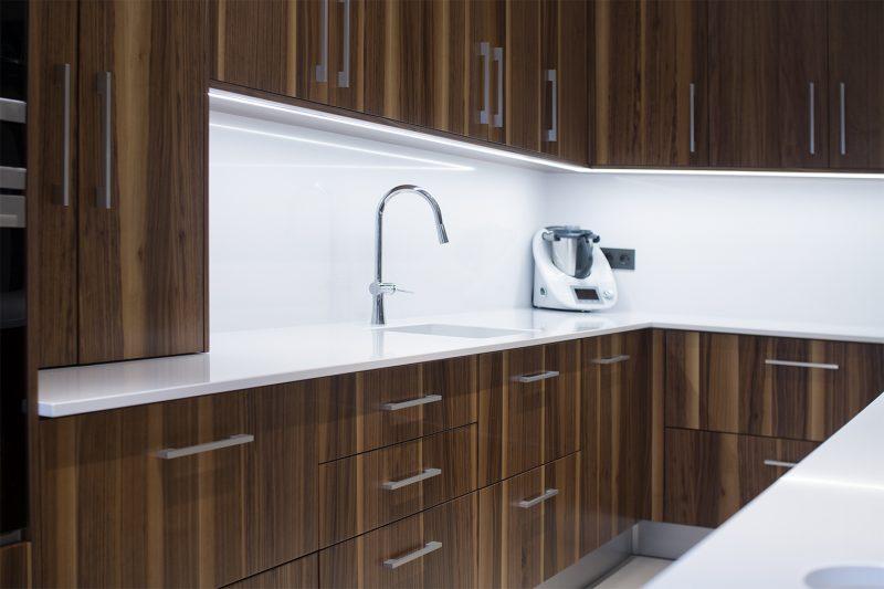 Reforma diseño cocina griferia